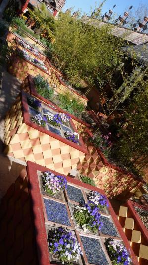 Jardins secrets : fleurs, décors, architecture...