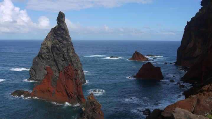 Madère - La pointe de Sao Lourenço - Des roches colorées