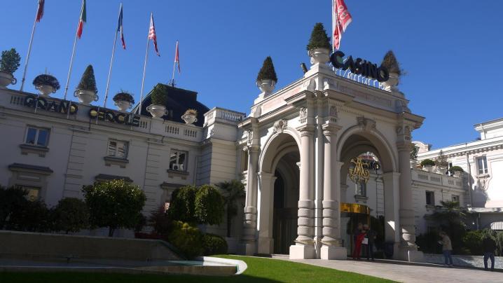 Façade du Casino Grand Cercle à Aix-les-Bains