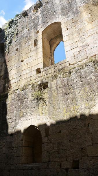 Chateau de Commarque - Intérieur maison noble de Commarque (2 sur 2)