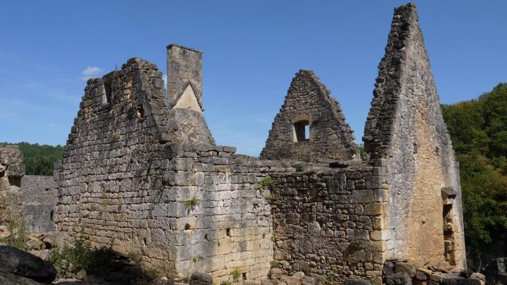 Chateau de Commarque - Maison aux contreforts