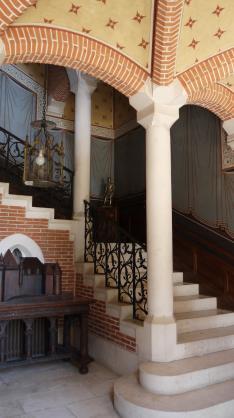Chateau de Pupetieres - Grand escalier rdc