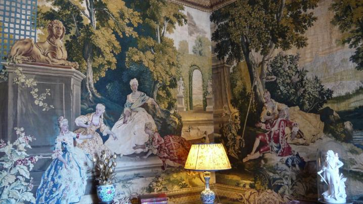 Château de Pupetieres petit salon