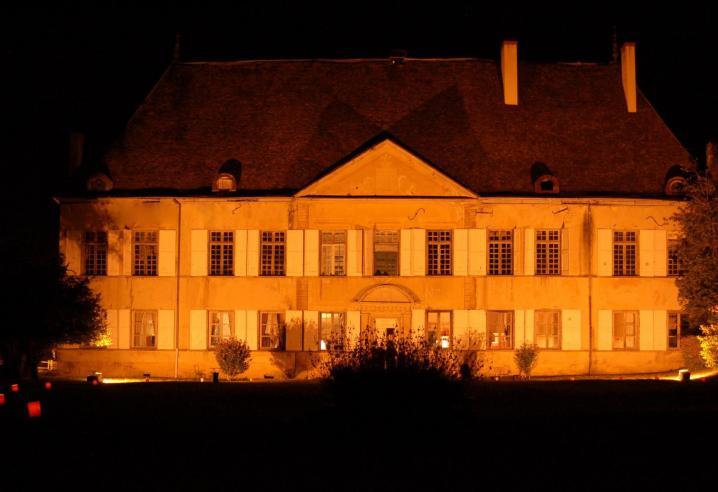 Chateau du passage nuit