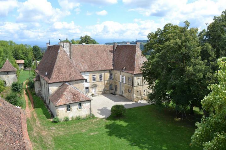 Chateau du passage vue arriere