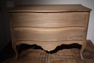 Grand sechoir meuble en bois de noyer