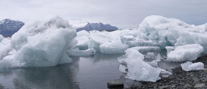 Islande - Lagune glaciaire de Jökulsarlon - Icebergs échoués