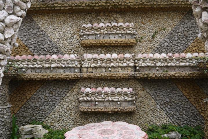 Jardin Rosa Mir - Cailloux et coquillages