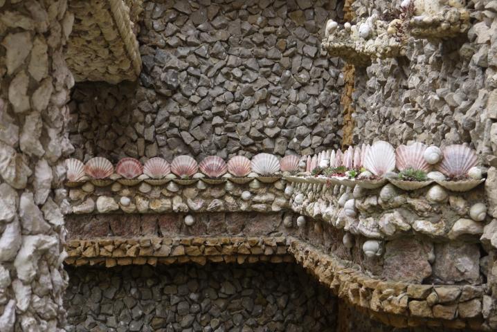 Jardin Rosa Mir - Corniche de coquillages