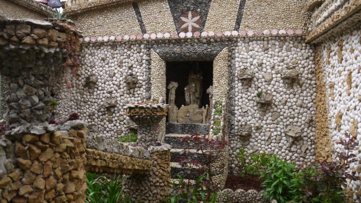 Jardin Rosa Mir - La chapelle dédiée à la Vierge Marie