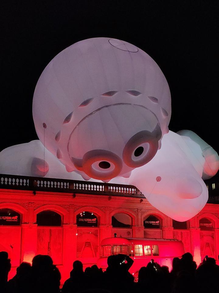 Lyon - Fête des Lumières 2018 - Anooki pompiers