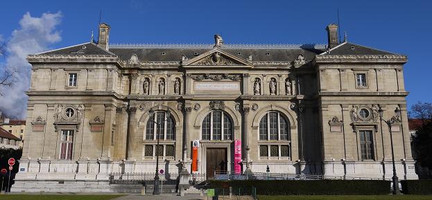 Musée Bibliothèque de Grenoble - Place de Verdun
