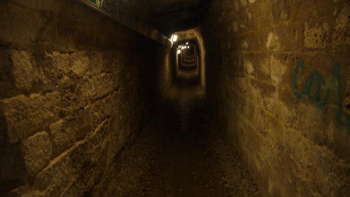 Paris - Catacombes - Murs de confortation des galeries des carrieres