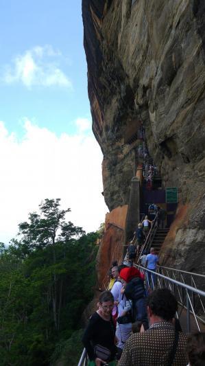 Sri Lanka - Sigiriya - A flanc de falaise