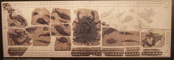 Vienne - Reconstitution du décor conservé, avec identification des parties antiques