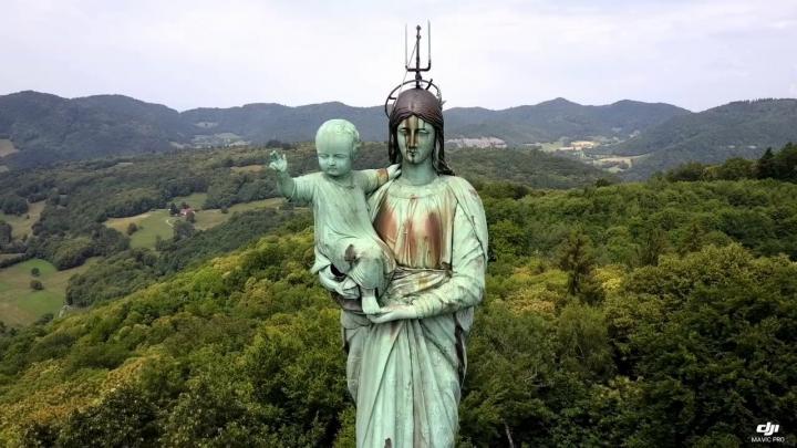 Voiron - Notre Dame de Vouise (drône)