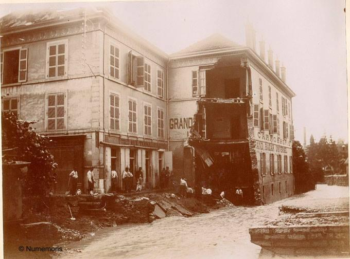 Inondation 1897 - Destruction du Grand Bazar